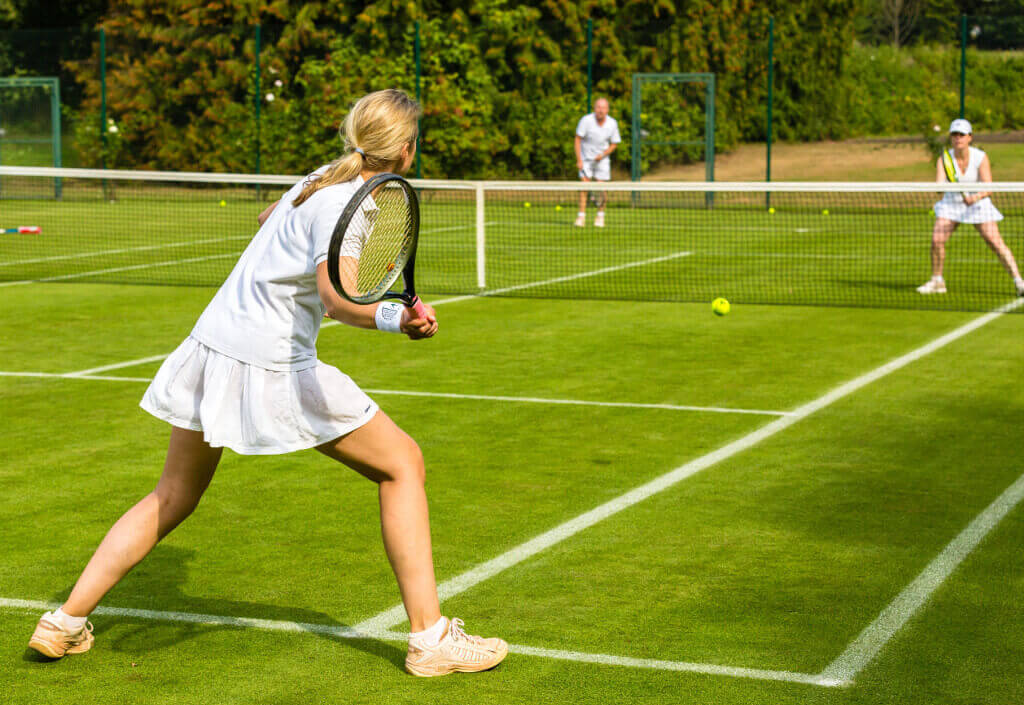 Tennis-game-on-the-grass-court